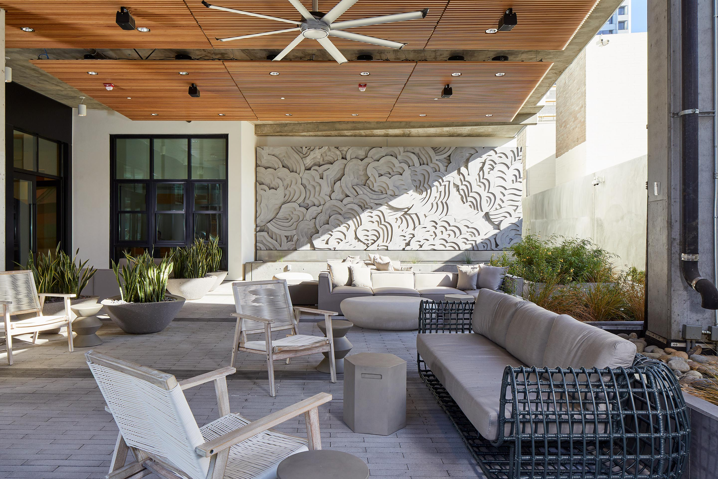 Patio with Public Art | ZO Downtown Oakland Apartments
